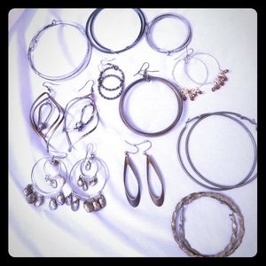 Gold and silver tone earring jewelry bundle!